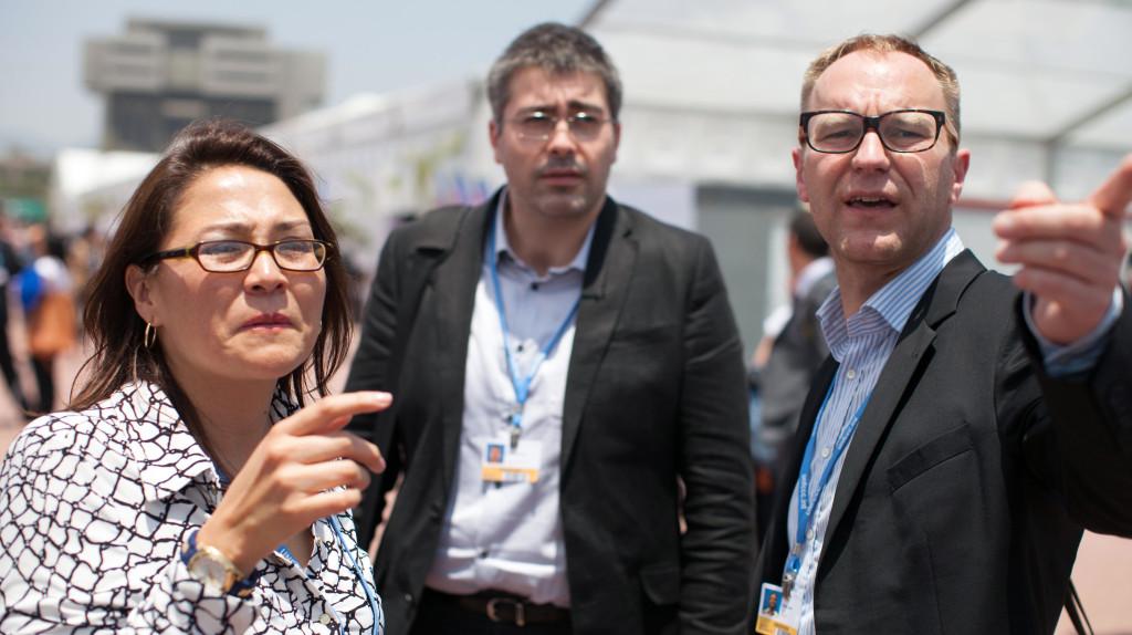 Petter Lydén till höger i bild på FN:s klimatförhandlingar i Lima, december 2014.Bild: Sean Hawkey/LWF